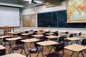 classroom-2093744_1280